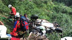 L'auto vola nella scarpata per 100 metri. Morte due ragazze di 19 e 17