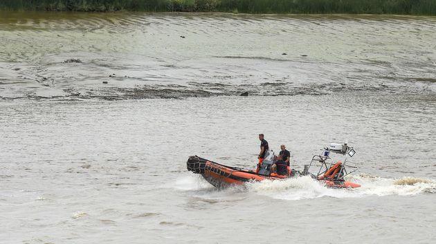 Desplongeurs sillonnent la Loire pour tenter de retrouver Steve Caniço à Nantes,...