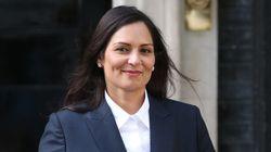 O que faz a nova ministra do Interior do Reino Unido, Priti Patel, ser considerada