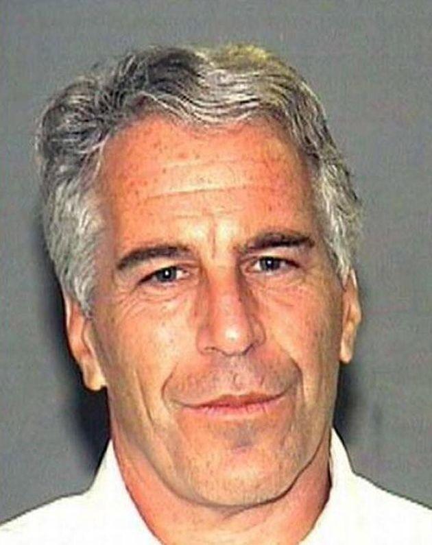 Il finanziere Epstein, travolto da scandali sessuali, trovato ferito e semicosciente in