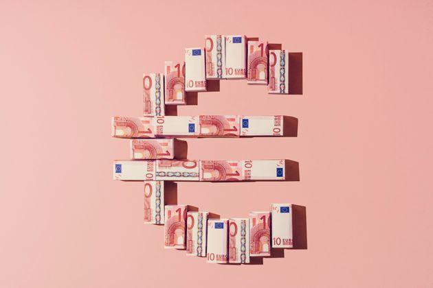 Πρωτογενές πλεόνασμα 381 εκατ. ευρώ το α΄ εξάμηνο