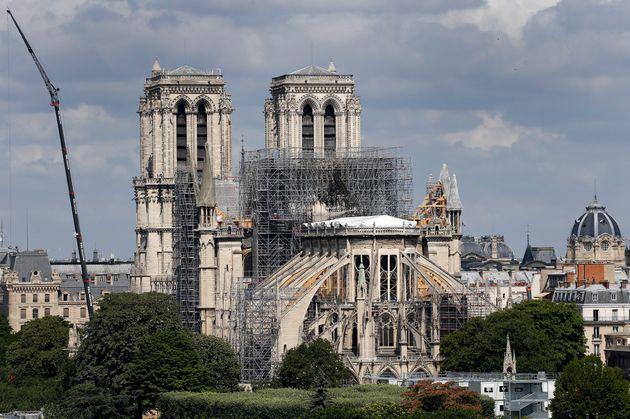 Παναγία των Παρισίων: Φόβοι για κατάρρευση της στέγης εξαιτίας του