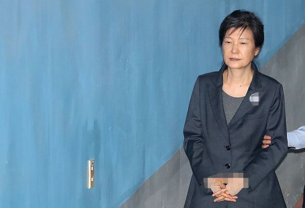 한국당이 박근혜 전 대통령의 건강을 걱정하면서 선처를