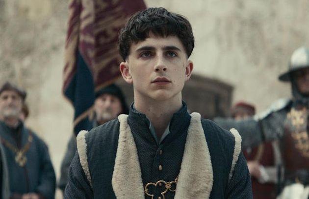 Timothée Chalamet joue le roi Henry V dans