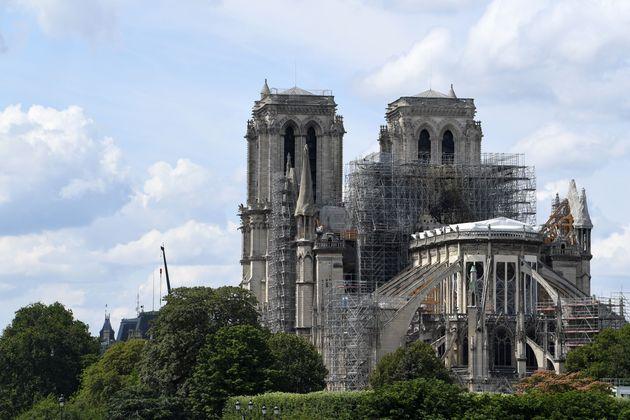 Suspendidas las obras de restauración de la Catedral de Notre Dame en