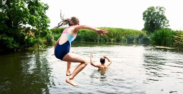 El peligro de las aguas abiertas y consejos para nadar