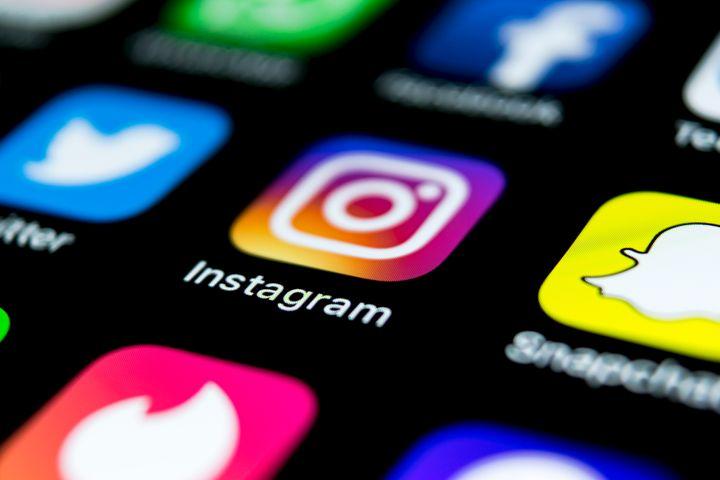 """Sur Instagram, les """"likes"""" disparaissent dans plusieurs pays face à la """"pression"""" sociale."""