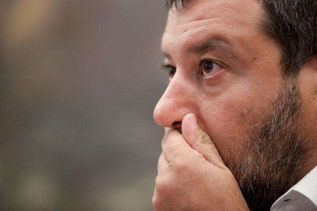 Μπούμερανγκ για τον Σαλβίνι οι δηλώσεις για την ταυτότητα του δράστη δολοφονίας