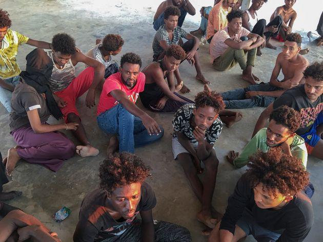 Libia, la rivolta delle Ong: chiudete quei lager, perché quei vivi non siano i prossimi