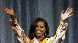 Trump s'en prend à Baltimore, Michelle Obama félicite des étudiantes de la