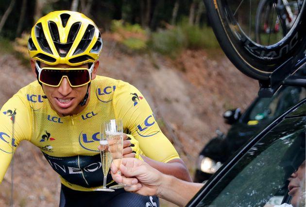 Egan Bernal est devenu le premier Colombien à remporter le Tour de France. Il est aussi le plus...