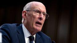 Trump cesa al director de inteligencia por creer en la trama