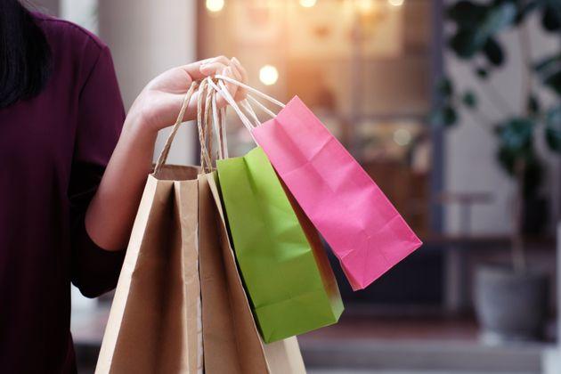 La folle offerta apparsa su RetailMeNot: 5000 dollari a settimana per fare