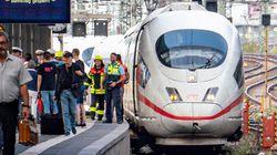 Muore bimbo di 8 anni spinto sotto un treno a