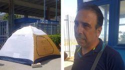Operaio senza Cig da mesi in tenda davanti alla Blutec: