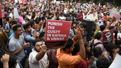 Ινδία: Εφηβη που κατήγγειλε βουλευτή για βιασμό δίνει μάχη για τη ζωή της μετά από «ύποπτο»