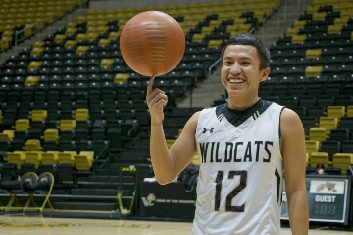 """A teenage athlete from Chinle High in the docuseries """"Basketball or Nothing."""""""