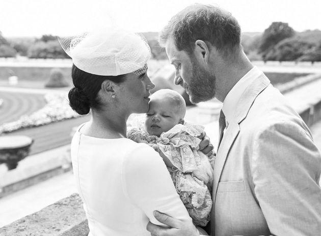 Megan Markle e Príncipe Harry no batizado de Archie Harrison, filho do casal e mais novo membro...