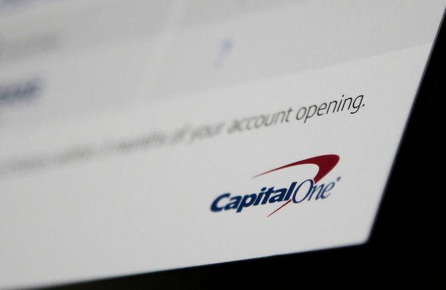 Χάκερ απέσπασε προσωπικά δεδομένα 106 εκατομμυρίων πελατών της Capital One Financial σε ΗΠΑ και