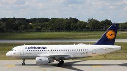 Tonfo di Lufthansa, l'utile crolla del 70% nel secondo trimestre