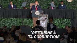 Trump interrompu en plein discours par un élu musulman