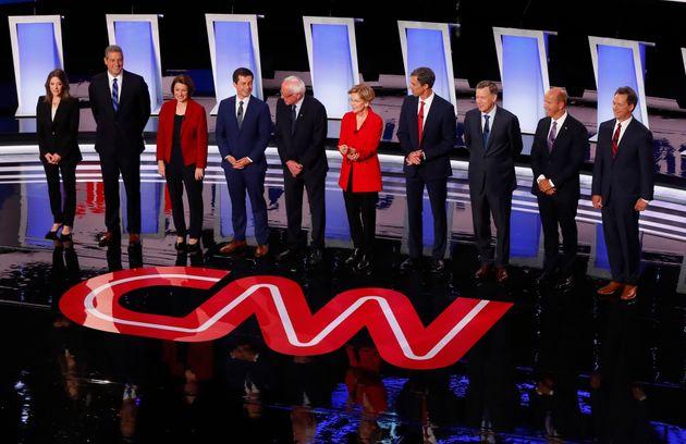 Au deuxième débat démocrate, les modérés se sont ligués contre Warren et