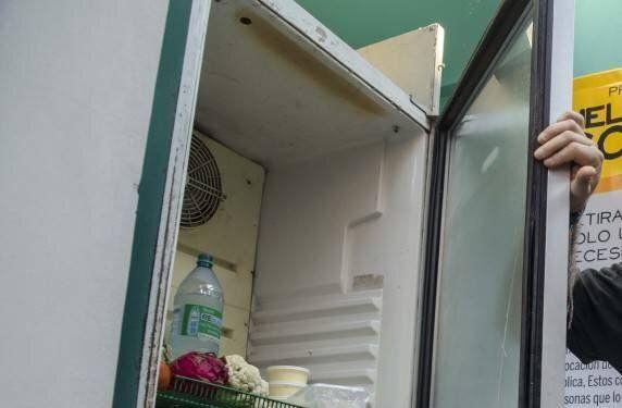 Encuentra un bebé momificado en el congelador de su madre