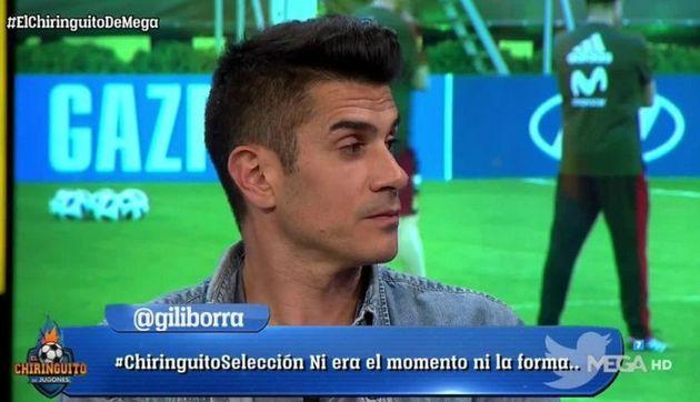 Álvaro Benito le pega el corte de su vida a un tuitero: dos palabras y el aplauso es