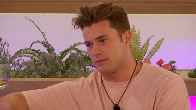 Love Islands Curtis Pritchard Responds To Body-Shaming Comments