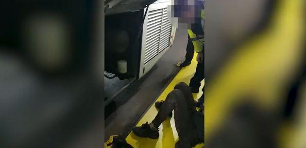 Deux jeunes marocains retrouvés cachés dans le moteur d'un bus reliant Londres à Dublin