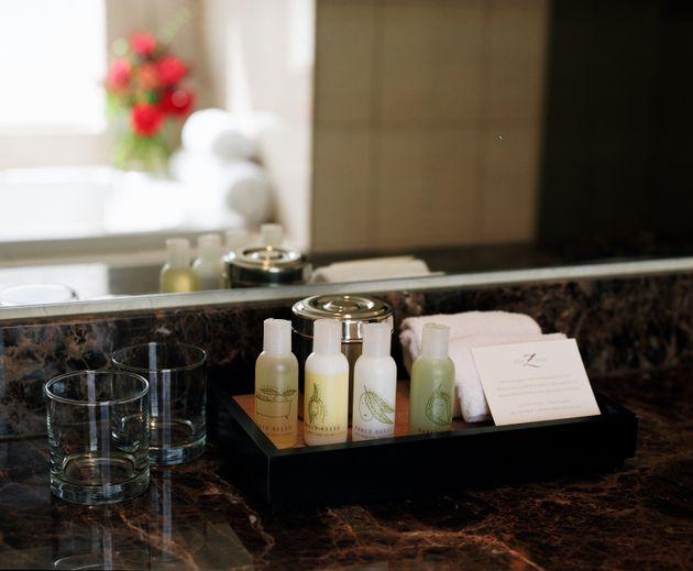Hotel vai retirar miniaturas de plásticos dos banheiros por razões