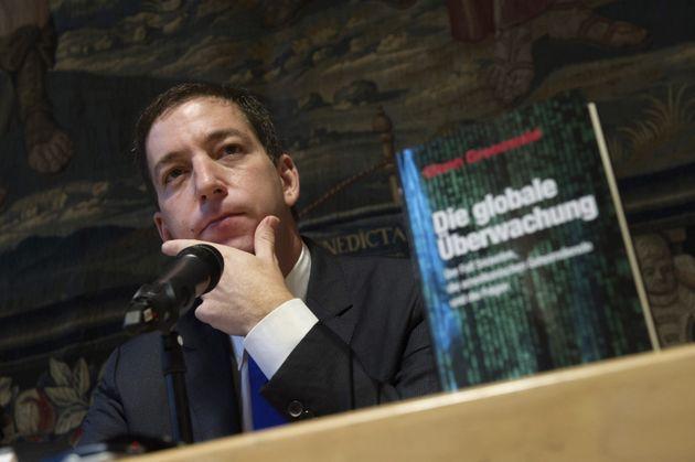 Jair Bolsonaro amenaza con la cárcel al periodista Glenn Greenwald por sus revelaciones sobre el proceso...