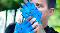 Les gants façon Crocs, ou la limite qu'il ne fallait pas
