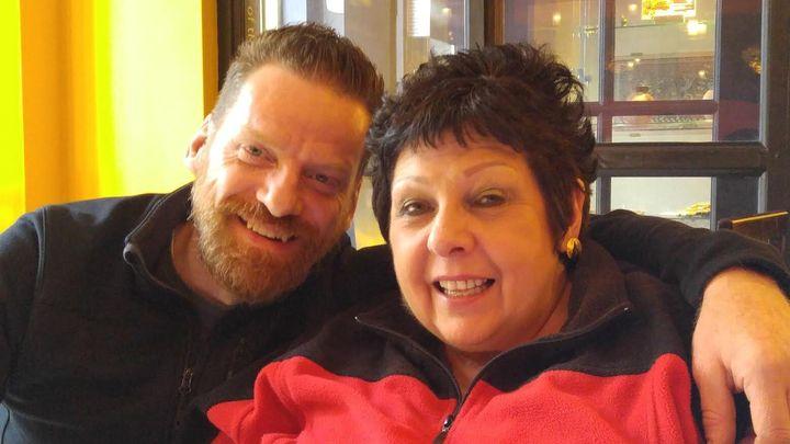 Yves et Linda, un couple amoureux depuis 17 ans.
