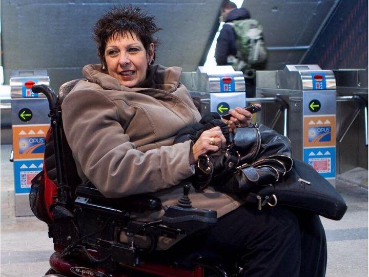 À Montréal, seulement 14 stations de métro sur 68 peuvent être utilisées par les personnes handicapées.