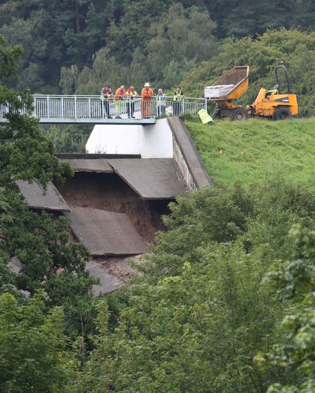 Derbyshire Town Whaley Bridge Evacuated As Dam Wall Collapses In Heavy Rains