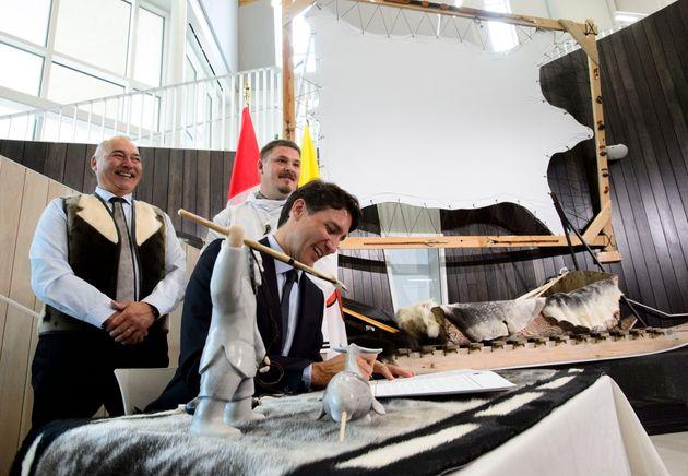Trudeau au Nunavut pour vanter ses résultats en matière de