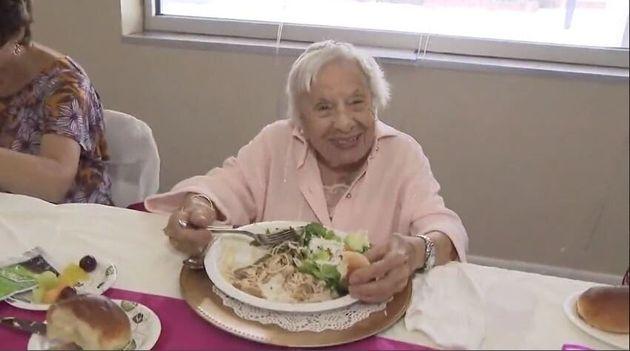 O segredo da longevidade: 'Não tenha marido e coma comida italiana', diz senhora de 107