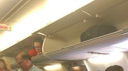 ΗΠΑ: Αεροσυνοδός σφηνώθηκε στο ντουλαπάκι των
