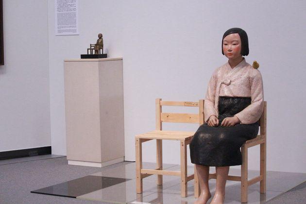 あいちトリエンナーレ「表現の不自由展」に展示された「平和の少女像」