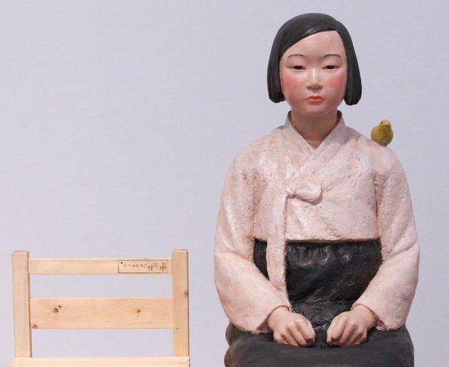 表現の不自由展で展示されていた「平和の少女像」