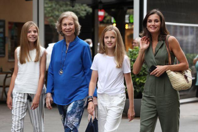 El detalle de la tarde de cine de Letizia con la reina Sofía que ha llamado la atención de la prensa