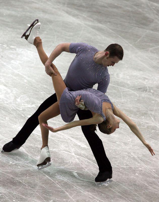 피겨스케이팅 선수 애슐리 와그너가 미성년자 시절 동료에게 당한 성폭력을