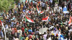 Soudan: quatre manifestants tués, les négociations