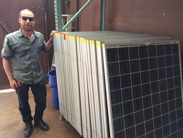 중고 태양광 패널을 사도