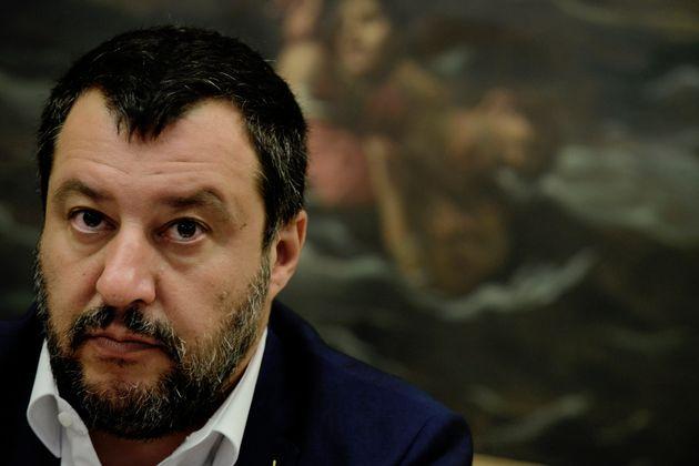 Meraviglia che i sindacati si presentino da Salvini il 6 agosto per parlare di