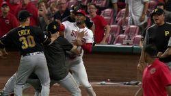 Il match di baseball più atteso in Usa si è trasformato in un incontro di wrestling