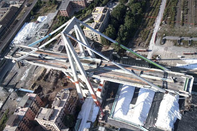 Di Maio minaccia di nuovo Autostrade a Borsa