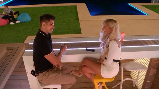 Love Islands Anton Claims He Never Got On With Molly-Mae After Unfollowing Her On Instagram
