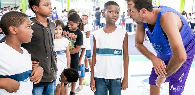 Marcelinho Machado: ensinando pelo